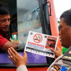 286Larangan-Merokok-di-Angkutan-Umum