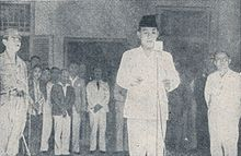 Sukarno_reading_the_proclamation,_Bung_Karno_Penjambung_Lidah_Rakjat_233